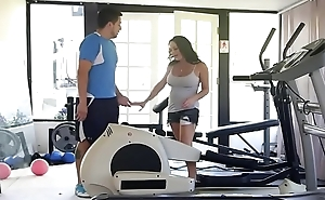 Fucking her Mouth in advance Gym