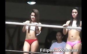 Filipina.webcam chat cam girls in pool at Manila Come together party
