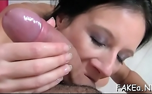 Sweet sweetheart gives a spectacular dildo engulfing experience