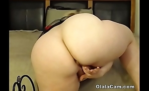 Amazing huge boobs BBW milf toying her big pussy